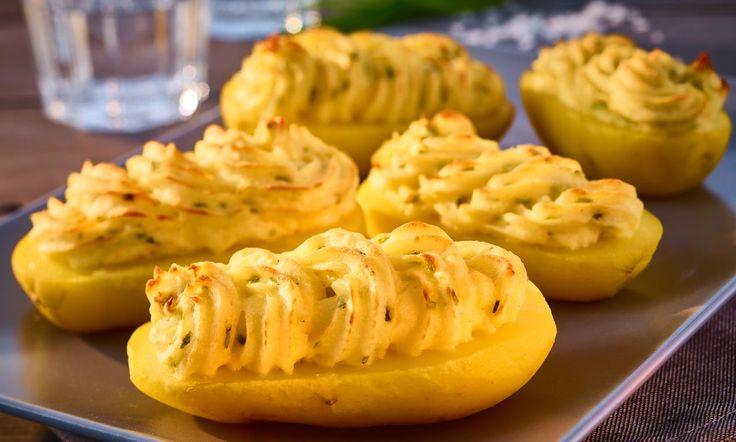 Crème-fraîche-Kartoffeln Rezept: Gefüllte Kartoffeln mit Crème fraîche und Schnittlauch - Eins von 7.000 leckeren, gelingsicheren Rezepten von Dr. Oetker!