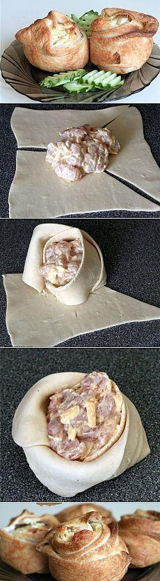 Пирожки слоёные с курицей и сыром.   1 пласт теста слоеного - 2 грудки - 100 г сыра твердого - 2 столовые ложки майонеза - соль, перец, специи Приготовление: Филе мелко порезать, добавить тёртый сыр, майонез. Все закрутить в виде пирожков. Выпекать при 205 С 20 минут.