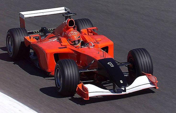 Ferrari F2001 (czarny nos i brak sponsorów ~ oznaka żałoby po zamachu na WTC w 2001)