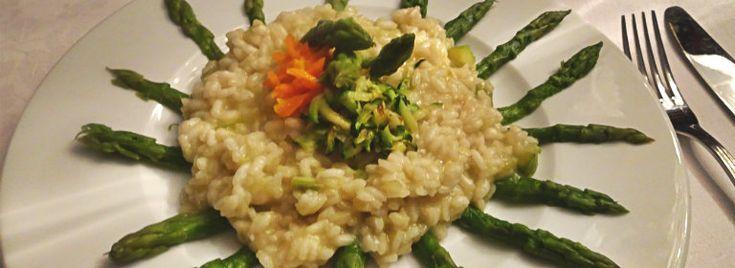 Risotto agli asparagi e verdurine a julienne