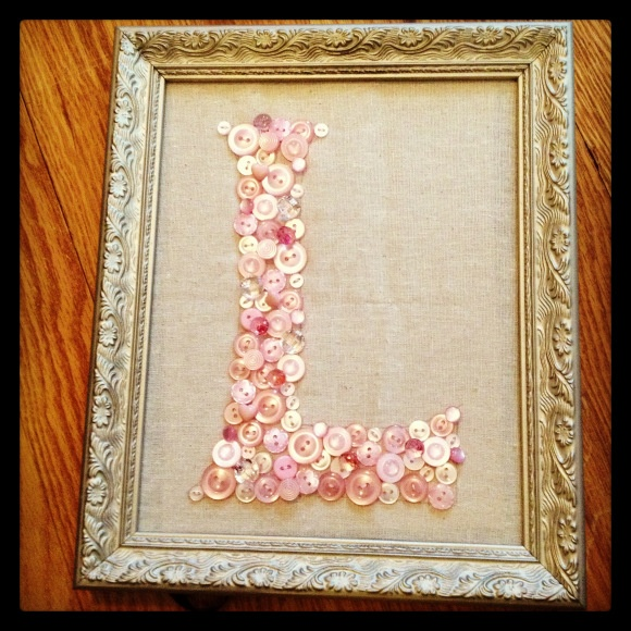 Button letter in frame