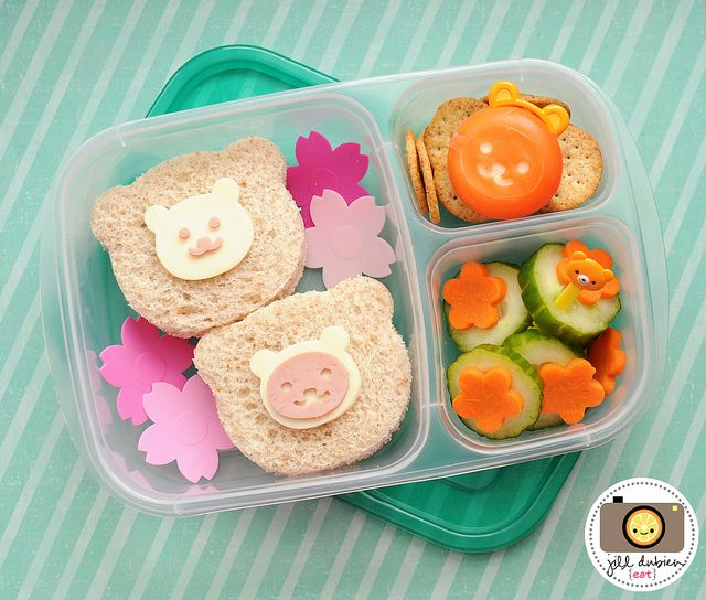 Super cute bear sandwiches, packed in #EasyLunchboxes