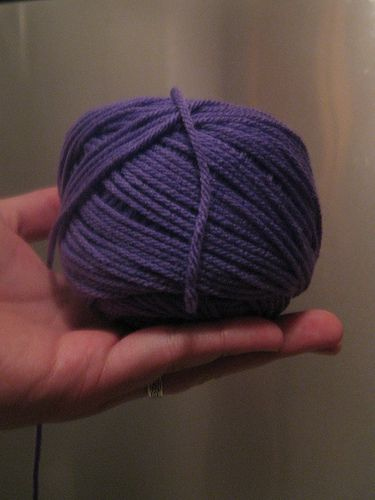 How to make a center-pull ball of yarn. Best tutorial I've seen.