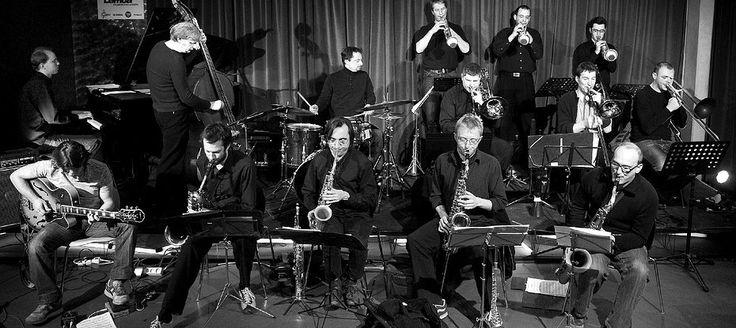 http://estievenartjp.wix.com/jazzstationbigband