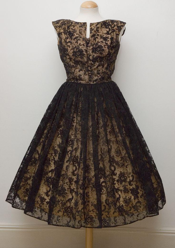 peggy Esse da foto é um vestido dos anos 50 de Peggy Page