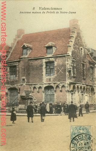 Ancienne maison du Prévôt de Notre-Dame.
