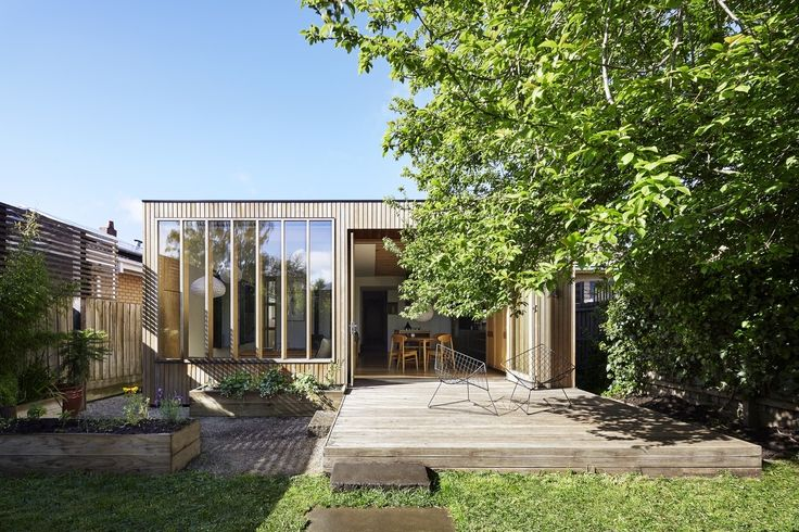 To meet the needs of their growing family, these two architects added a functional, contemporary extension to their Victorian home