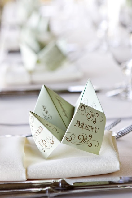 {It's in the Details} Cootie Catcher Menus @Jade Alvarez Alvarez Cahoon these are sooo cute