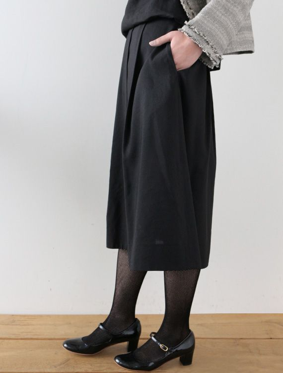 Eugenie - CLOTHINGSkirts - Envelope is a unique online shopping mall made up of a few independent shops from all around Japan.