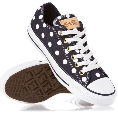 Super cute polka dot Converse