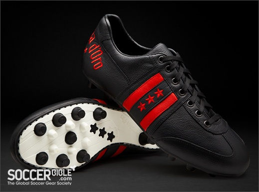 Pantofola d'Oro Piceno Italia - Black/Red http://www.soccerbible.com/news/football-boots/archive/2011/11/09/pantofola-d-oro-piceno-italia-black-red.aspx