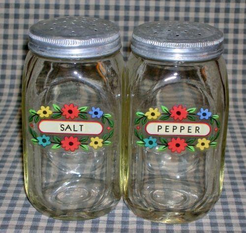 salt and pepper shaker cabinet vintage hocking hoosier cabinet depression era salt pepper shakers range set ebay my dream antique kitchen pepper shakers salt
