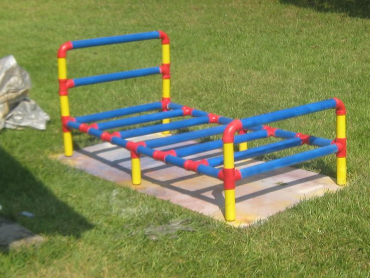 Pvc twin bed diy pinterest twin beds twin and beds for Pipe craft