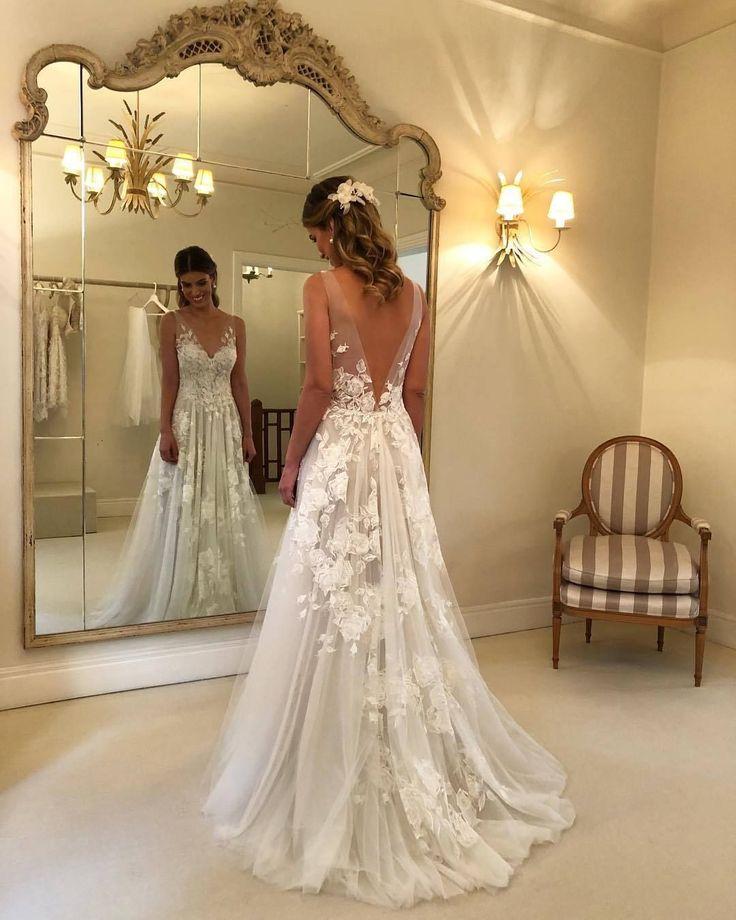 Wonderful Tulle V-neck Neckline A-line Wedding Dresses With Appliques WD139