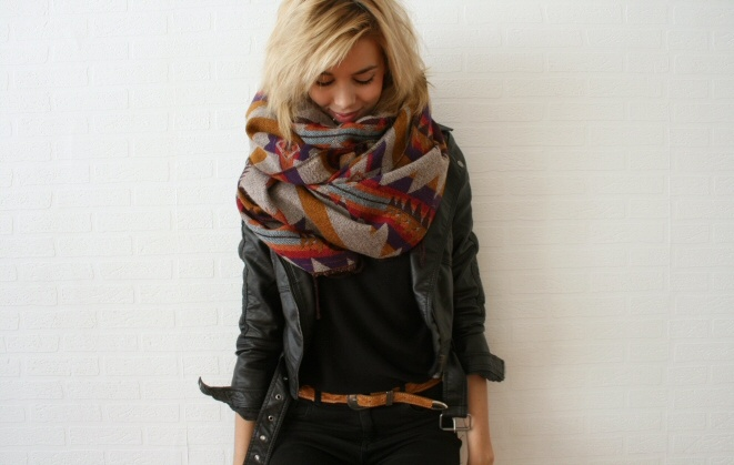 i need this navajo print blanket scarf immediately.. #style / #fashion / #scarf