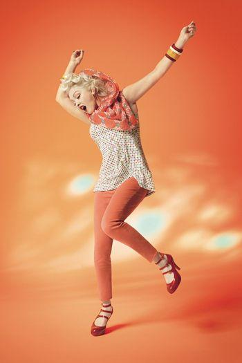 Синди Лопер и Тави Гевинсон для Uniqlo | Glamour.ru