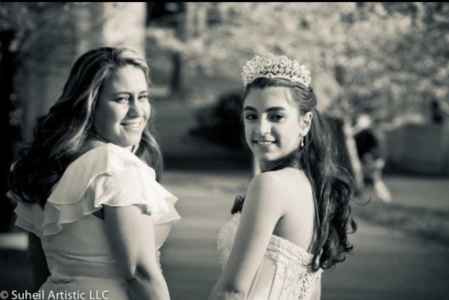 Mom and daughter photo! Quinceanera , sweet 16 , lovely and caring family! I love this picture so much! Best quinceanera photo!  Black and white ! Mommy and me at the park!