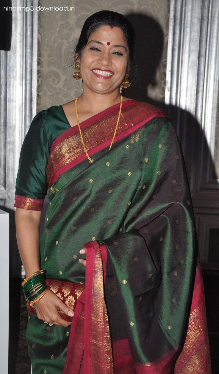 renuka shahane first husband