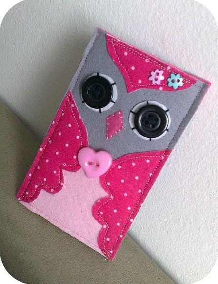 Capa para celular ou Ipod em feltro, forrada.