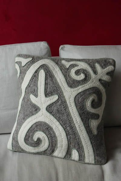 Shyrdak Felt Cushion Cover. Shyrdak Traditional Design Fabric.