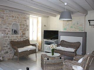 Charmante maison réthaise centre village   Location de vacances à partir de Ste Marie de Ré @homeaway! #vacation #rental #travel #homeaway