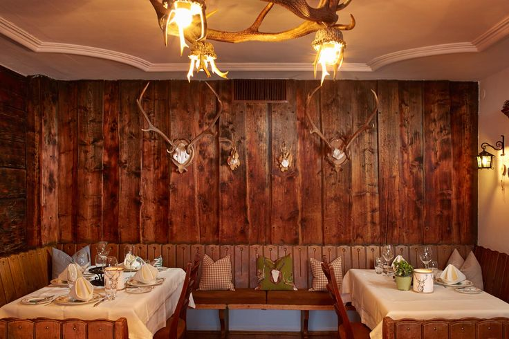 A la carte restaurant at Hotel und Gasthof Rote Wand Lech am Arlberg in Lech am Arlberg, Vorarlberg   AlpineBooker Magazine
