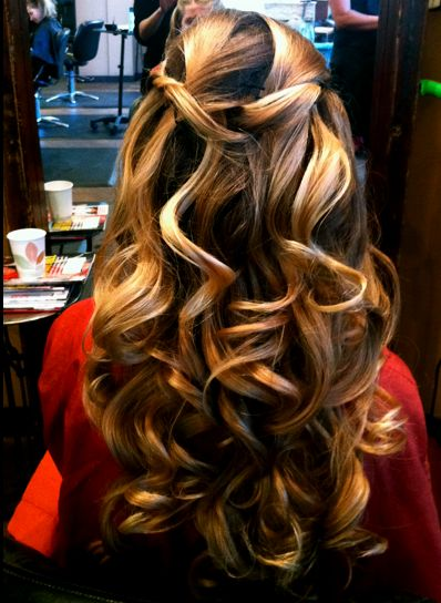 : Hair Ideas, Big Curls, Wedding Hair, Bridesmaid Hair, Fall Hair Colors, Long Hair, Beautiful, Girls Hairstyles, Hair Style