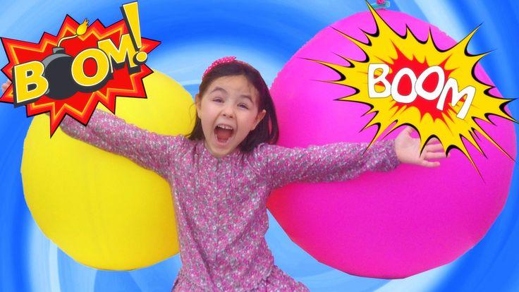 Emma explota 2 globos sorpresa gigantes que están llenos de sorpresas. Huevos sorpresa de Peppa Pig, Frozen, la patrulla canina (paw patrol), princesas disney, yokai, kinder sorpresa y muchos más. Un juego muy divertido y explosivo!