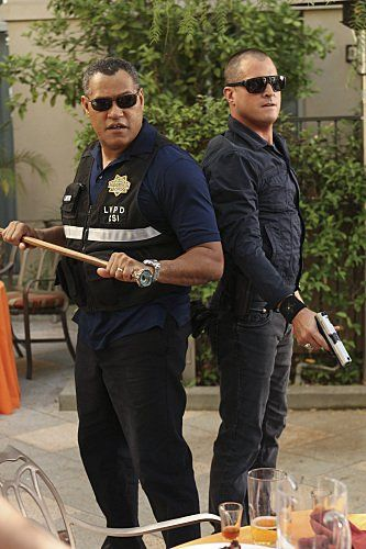 Still of Laurence Fishburne and George Eads in CSI: Crime Scene Investigation (2000)