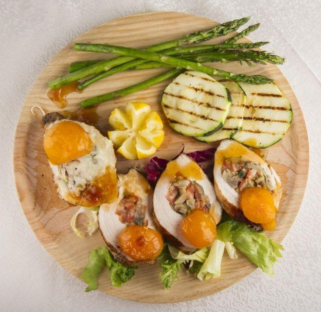 Aprende a preparar cocina rumana: pollo relleno