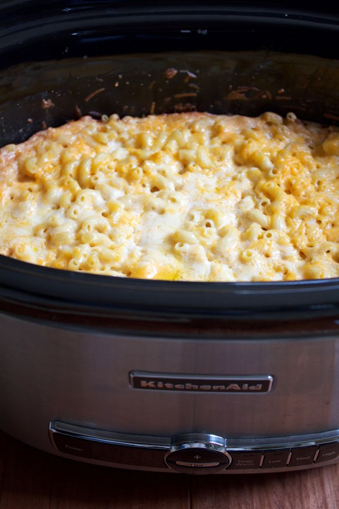 Slow Cooker Mac and Cheese!! Dump everything into your slow cooker, mix and set to low for about 3 hours. Couldn't be any easier than that! This is a great, delicious and easy meal for the week!