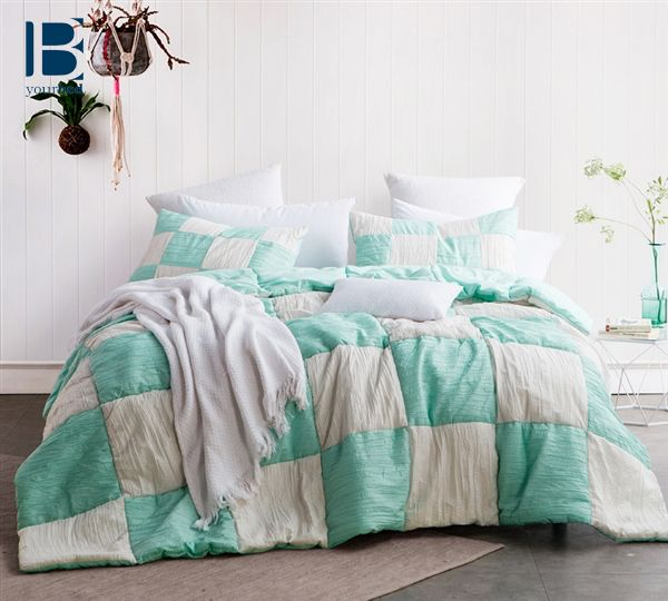 Best 25 Mint Comforter Ideas On Pinterest Bedroom Mint