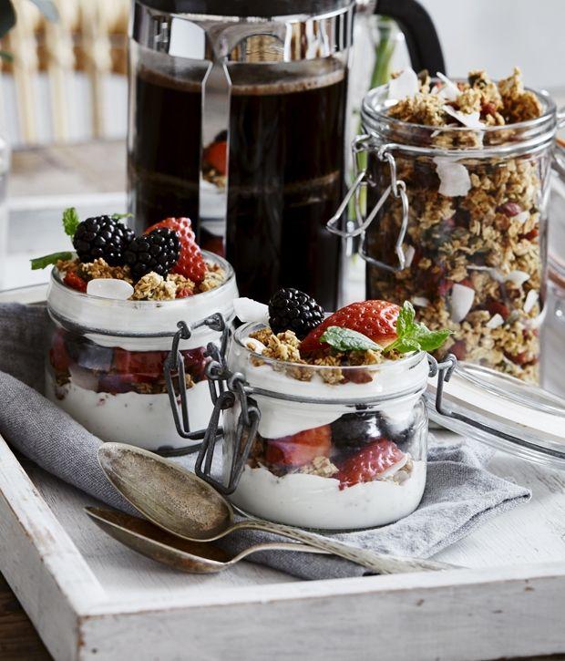 Trifli med hjemmelavet granola | ISABELLAS