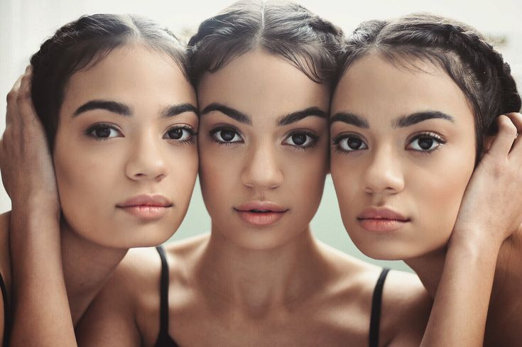 Identical triplets girls | sisters | photography