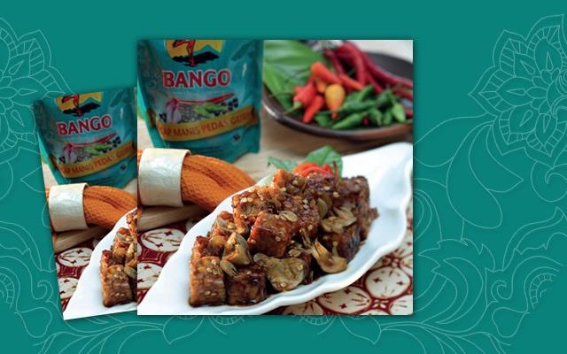 Siapa suka tempe? Resep hidangan Bango kali ini adalah Resep Tumis Tempe Pesisiran Manis Pedas, mengawinkan tempe, jamur merang dan udang rebon dalam citarasa manis pedas dari Kecap Bango Manis Pedas Gurih. Para pecinta udang rebon dan tempe, ayo kita coba!