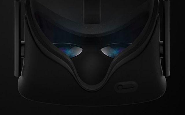 La Realtà Virtuale OculusVR Sarà Disponibile sul Mercato nel 2016 Il visore di realtà virtuale OculusVr Rift sarà disponibile sul mercato nel 2016. Questo è l'annuncio ufficiale del produttore che ha anche indicato alcuni miglioramenti rispetto al prototipo. Ti inv #oculusvr #realtàvirtuale #visore