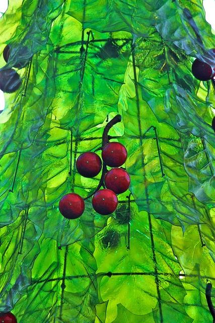 Sugar Glass Tree by Morris Hunt, via Flickr