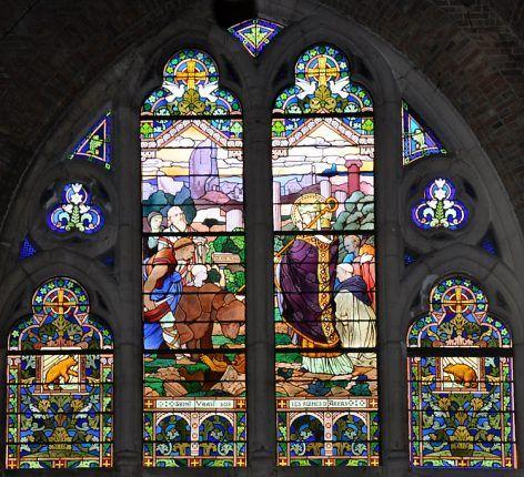 Vitrail «Saint Vaast sur les ruines d'Arras»église Saint Vaast, Béthune.