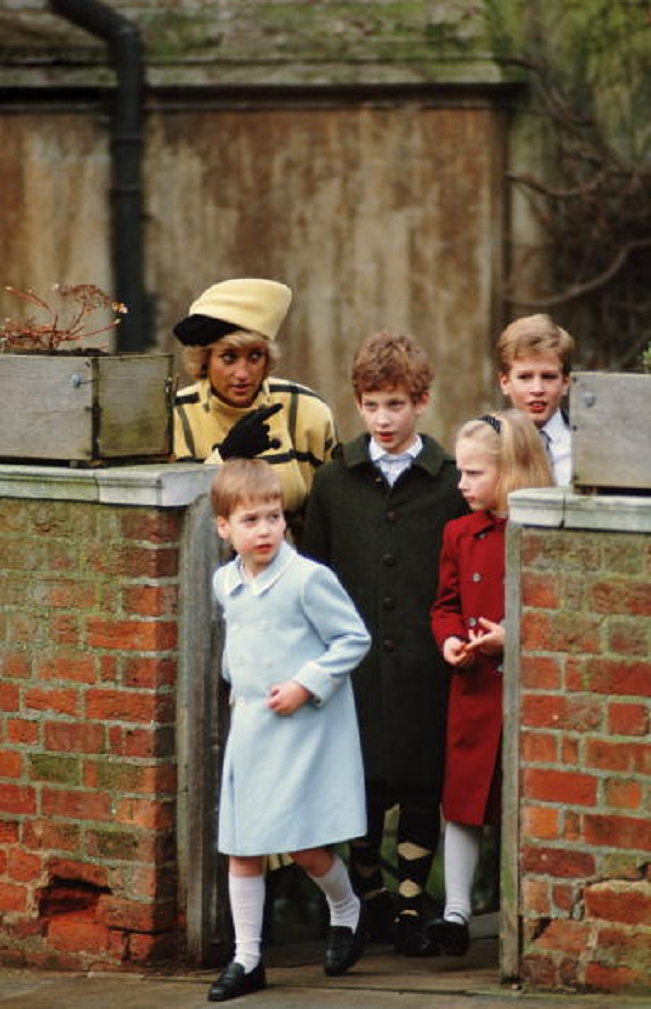 Princess Diana wearing an Escada coat with a hat by Philip Somerville before a Christmas Day church service at Windsor, 25th Dec 1987. With her are (L-R) Prince William, Lord Frederick Windsor, Zara Phillips and Peter Philips