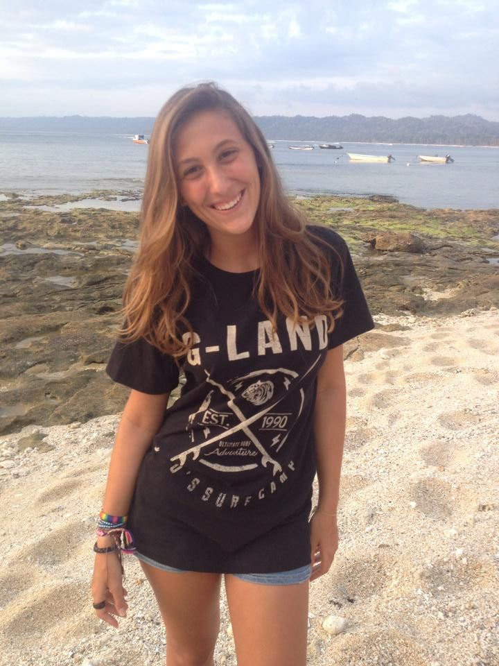 Nuria Rocha enjoy the holiday at G-Land Joyos Surf Camp Indonesia with lovely family | more: g-land.com