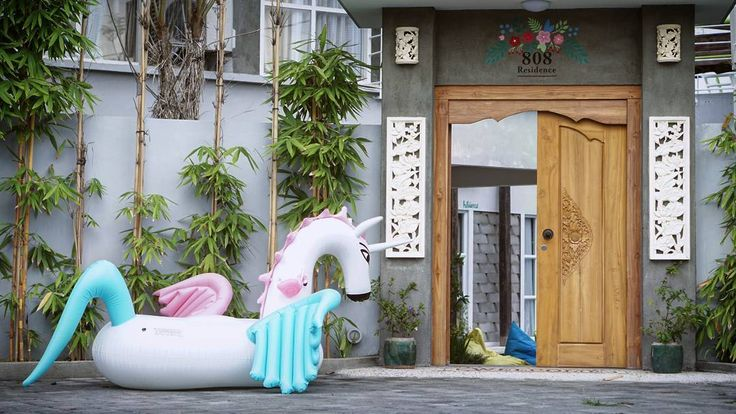 Knock knock... Pegasus candy is here 😉 #808residence #unicorn #bali