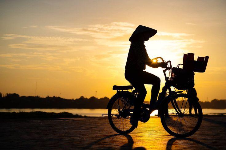 https://flic.kr/p/21QrFCb   Sunset in Vientiane.