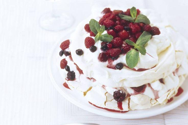 Meringuetaart met mascarpone en fruit - Recept - Allerhande