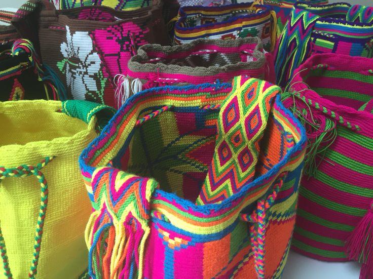 Mis preciosas mochilas wayuu Aun quedan 10 traídas desde la Guajira Colombiana. Wayuu Bags