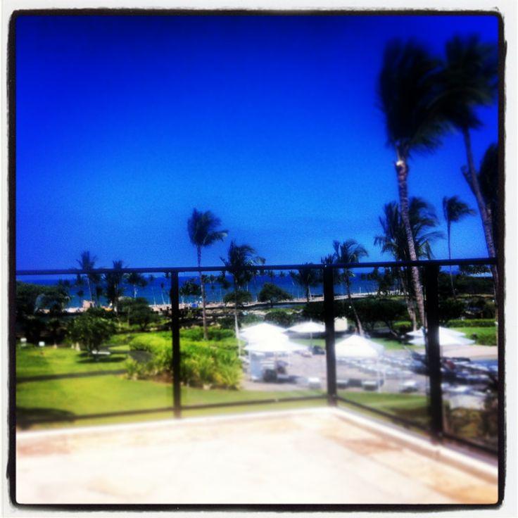 My 'office' for the week (Kona, Hawaii). x
