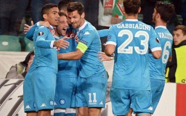 I risultati delle italiane in Europa League Ottima la prova dei Partenopei di Sarri, che si confermano ad alti livelli, chiudono sul 4 a 1 e tra punti guadagnati. Anche gli uomini di Pioli nel pomeriggio di ieri hanno ritrovato la vittoria, che #napoli #europaleague #fiorentina #lazio