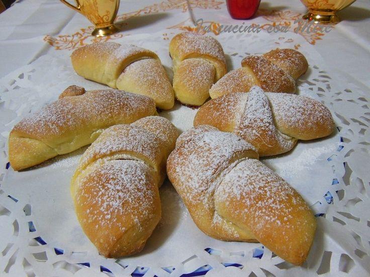#gialloblogs #ricetta #colazioneCornetti pasta brioche-Ricetta base   In cucina con Mire