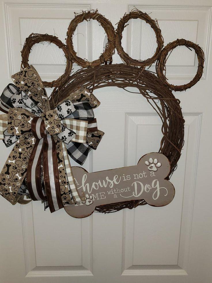 Dog Paw wreath in 2020 Wreaths, Dog wreath, Pet wreath