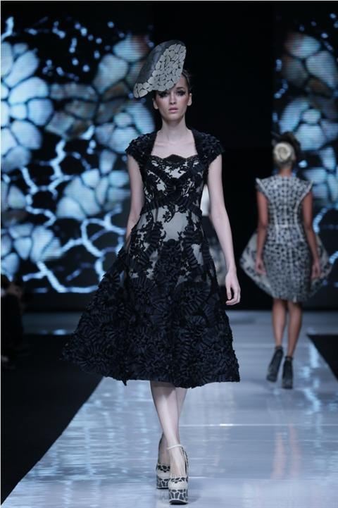 Sylwia (POSH) for Sebastian Gunawan at Jakarta Fashion Week 2013  #catwalk #model #photography