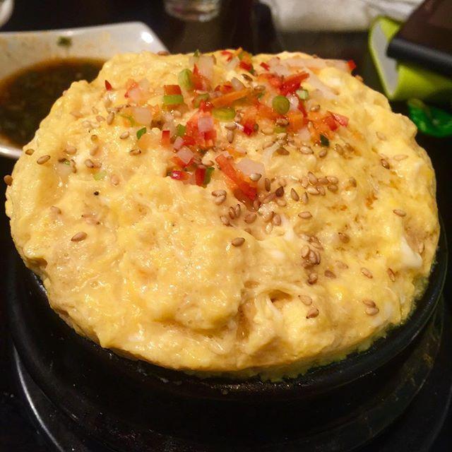 WEBSTA @ byunggunk - ホルモン物語で食べたケランチム前より量が少なくなった、、、なんで?でも美味しいから、、許せる이게 계란찜이군ㅋㅋㅋㅋㅋㅋ하하 내가만든건 뭐지 ㅜㅜ 곧... 내가만들엇다는 이름만계란찜 함올리겟습니다 ..#東京 #新大久保 #ホルモン物語 #おつまみ #晩ごはん #夜ごはん #茶碗蒸し #ケランチム #卵 #おいしい #美味しい #美味しかった #うまい #먹방 #먹스타그램 #맛스타그램 #인스타푸드 #신오쿠보 #곱창이야기 #계란찜 #안주 #맛있다 #맛있다그램 #food #delicious